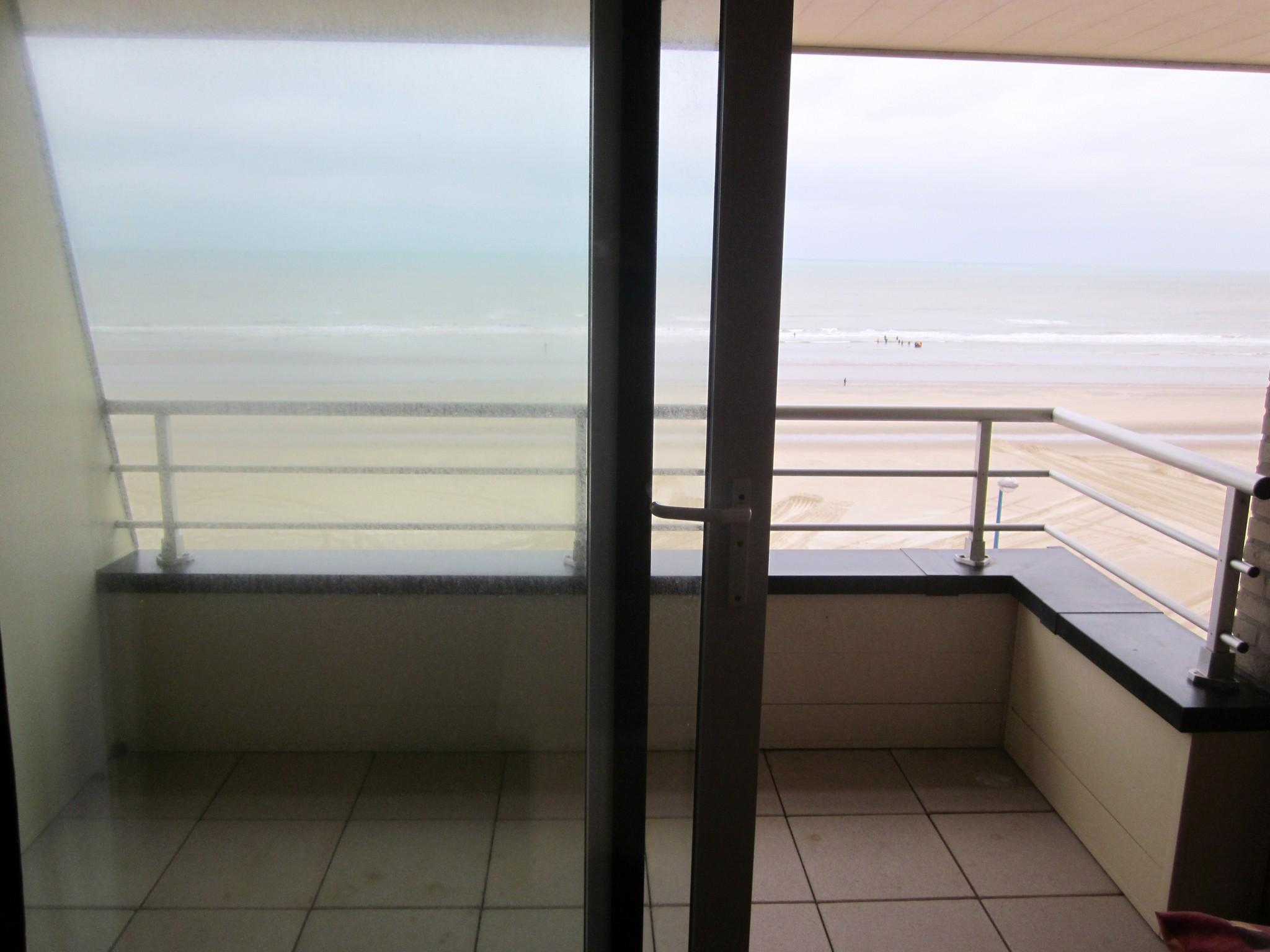 Type 2 avec balcon face mer
