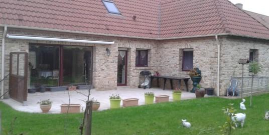 Beau pavillon de 2005