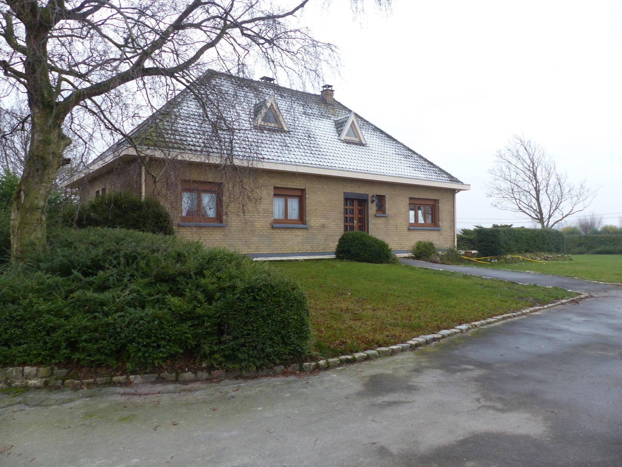 Brouckerque pavillon sur 2000m²