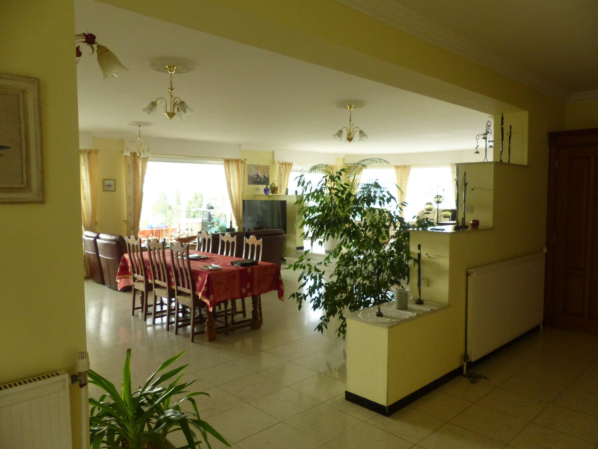 Superbe pavillon sur 2215 m²