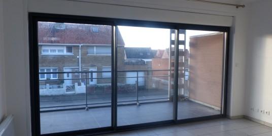 dans résidence récente, charmant T2 avec balcon