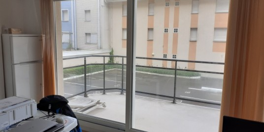 studio en résidence avec grand balcon plein sud