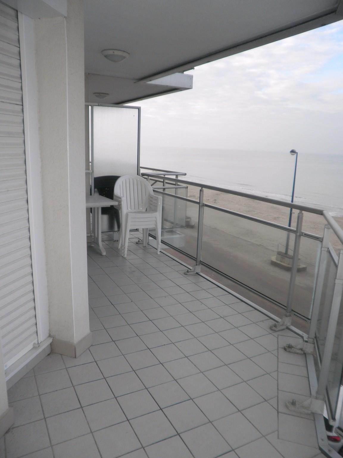 Type 2 cabine  face mer avec grande terrasse